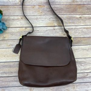 Vintage Coach chocolate leather hanbag